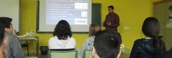 Charla sobre ergonomía postural en el IES Alto Guadiana