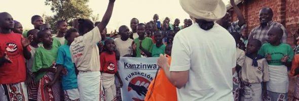 Recogida de balones a beneficio de Fundación Kirira